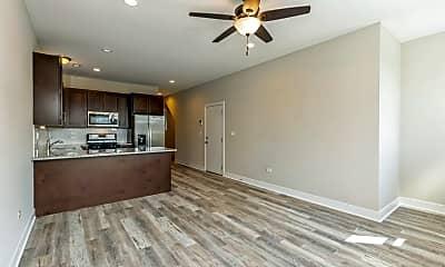 Living Room, 6333 S Ellis Ave, 0