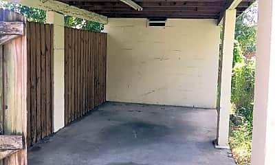 Patio / Deck, 3918 W La Salle St, 2