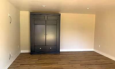 Bedroom, 171 N Lemon St, 1
