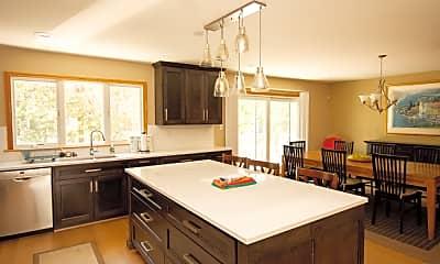 Kitchen, 709 Vanderbilt Ave, 0