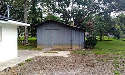 Building, 422 Pecan St, 2