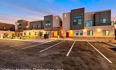 Building, 2185 E Howe Ave, 2