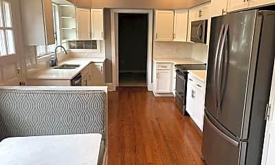 Kitchen, 23 S Stewart St, 1