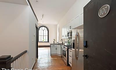Kitchen, 1520 Green Street, 1