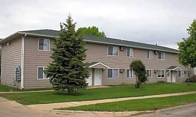 Westdale Court Apartments, 1