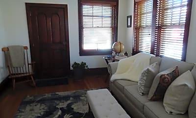 Bedroom, 423 Delaware St 1, 1