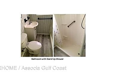 Bathroom, 12674 Seminole Blvd, 2