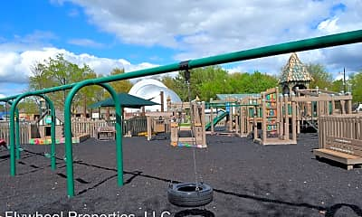 Playground, 915 Dexter St, 2