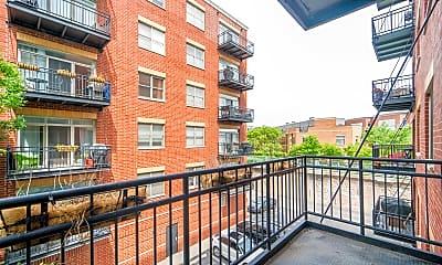 Building, 2300 W St Paul Ave 304, 2