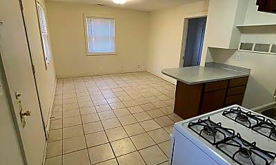 Bathroom, 840 N 29th St, 2