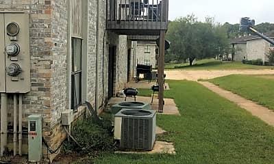 Fox Creek Apartments, 2