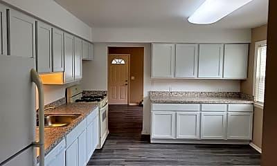 Kitchen, 1381 E Chesterfield St, 1