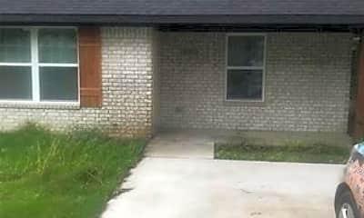 Building, 1001 W 9th St B, 0