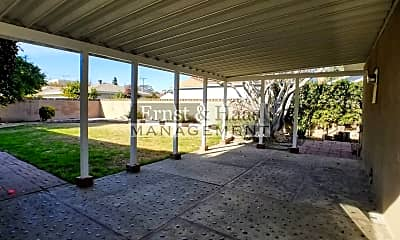 Patio / Deck, 4851 Hazelbrook Ave, 2