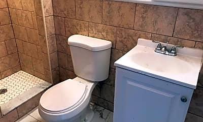 Bathroom, 1560 E Berks St, 2