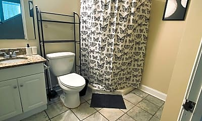 Bathroom, Room for Rent -  Walking distance to The Beacon, 2