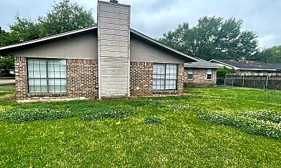 Building, 240 Johnnie Dr, 2