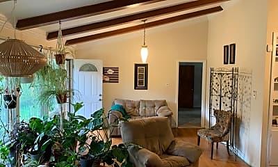 Living Room, 1604 Miller St, 1
