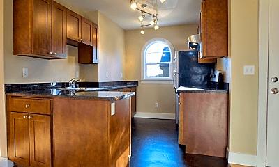 Kitchen, 2406 E Pine St, 1