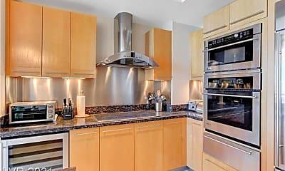 Kitchen, 2700 S Las Vegas Blvd 4304, 1