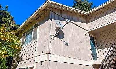 Building, 5200 Windsor Island Rd N, 1