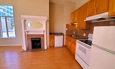 Kitchen, 2249 Van Ness Ave, 1