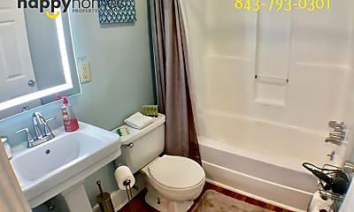 Bathroom, 106 Columbus St, 2