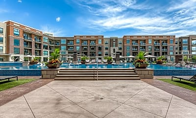 Pool, The Royale at CityPlace, 1