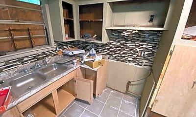 Kitchen, 3411 Edwards Ave, 1