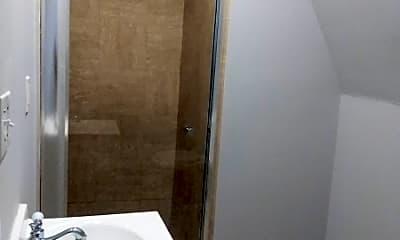 Bathroom, 165 Scheerer Ave, 2