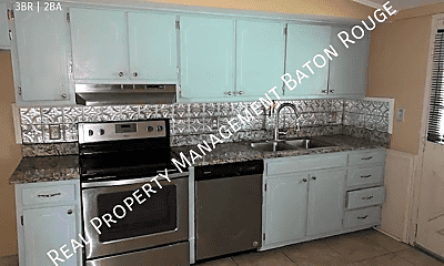 Kitchen, 4536 Sarasota Dr, 2