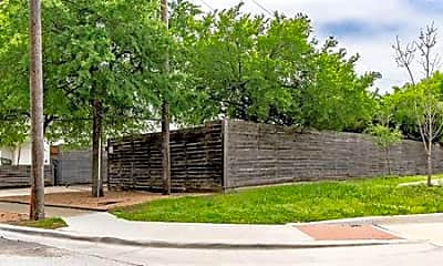 Building, 5111 Manett St 105, 0