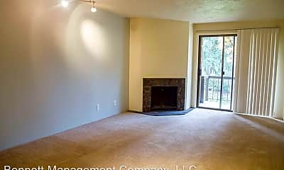 Living Room, 1800 Cal Young Rd, 0