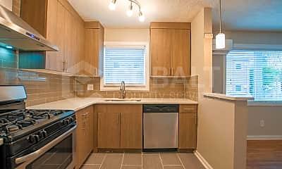Kitchen, 949 Greenwood Ave NE, 1