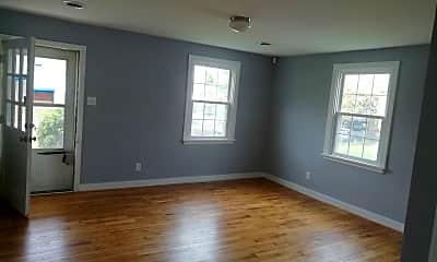 Living Room, 1525 N 29th St, 1