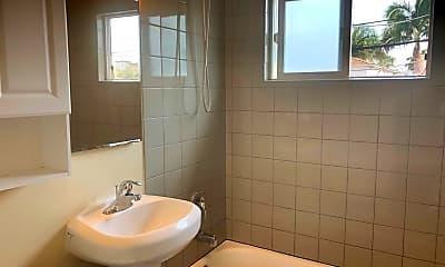 Bathroom, 2104 Bacon St, 2