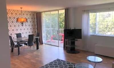 Living Room, 2059 Huntington Ave 804, 0