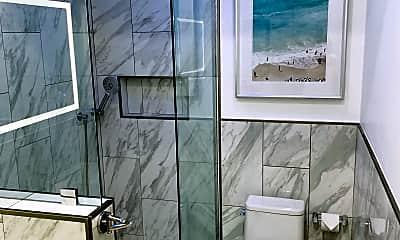 Bathroom, 732 Ventura Place, Unit 3, 1