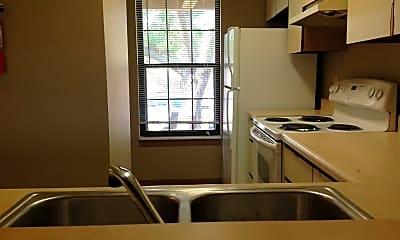 Kitchen, 700 N Adelaide St, 1