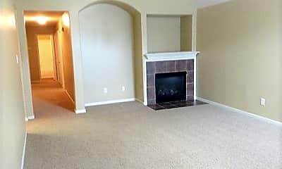 Living Room, 12123 Glen Crossing Circle, 1
