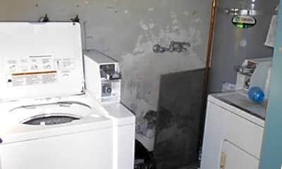 Kitchen, 930 Parker Ct, 2
