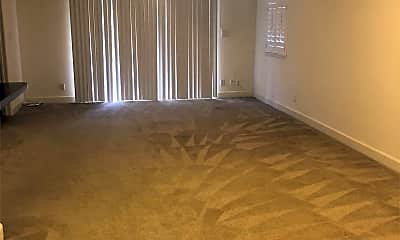 Living Room, 92-1053 Koio Dr, 1