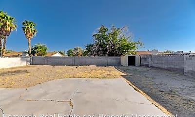 Living Room, 4775 Monterrey Ave, 2