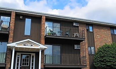 Grenadier Village Harbor Apartments, 2