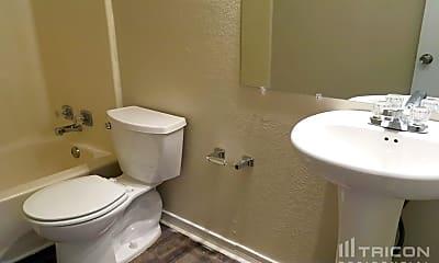 Bathroom, 1807 Wallingford Dr, 2