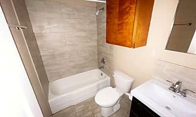 Bathroom, 114 7th Ave, 2