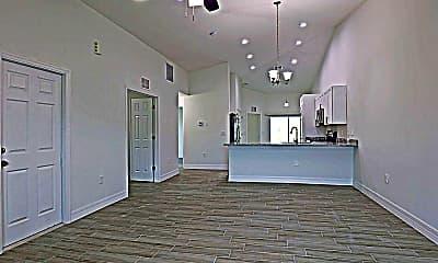 Building, 2410 Xelda Ave N, 1