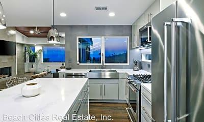 Kitchen, 546 Temple Hills Dr, 0