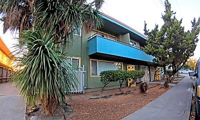 Patio / Deck, 9309 Bancroft Ave, 2