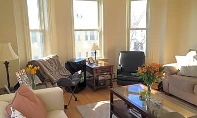 Living Room, 518 Putnam Ave, 1